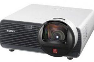 Sony представила проектор VPL-BW120S для игр и кино